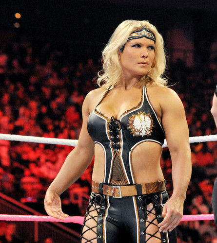beth phoenix wallpaper titled Raw Digitals 9/17/12