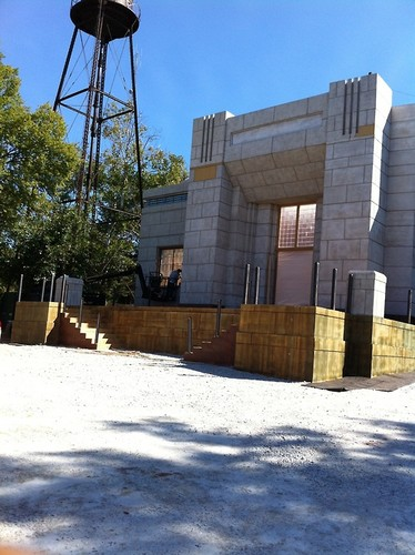 Reaping stage set being built for Hunger Games/Catching feuer