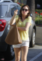 Rose - Gets Her Nails Done - September 11, 2012 - rose-mcgowan photo