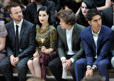 SEP 17TH - HARRY AT burberry, बरबरी LFW S/S 2013 WOMENSWEAR दिखाना