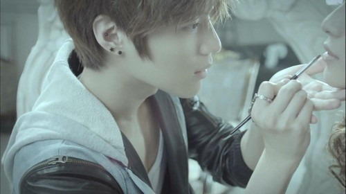 SHINee Dazzling Girl Screencap