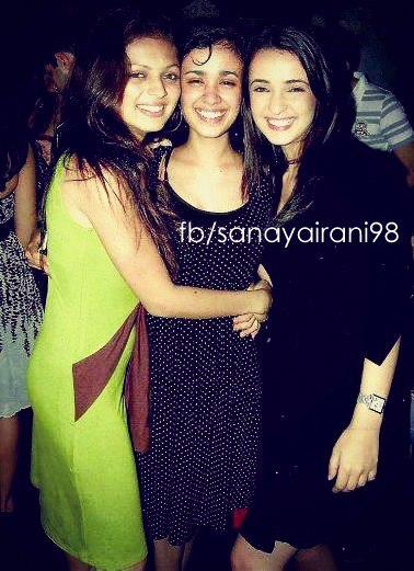 Sanaya Irani Sanaya with her friends