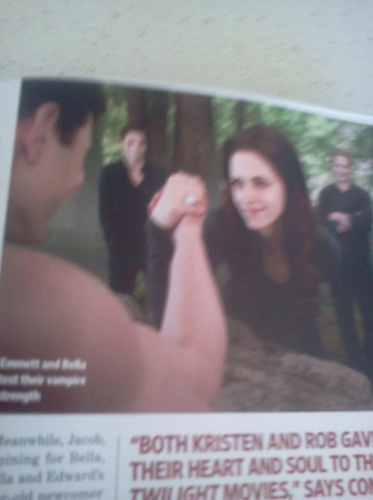 "Scans from ""Twilight: The Complete Journey"" {New BD part 2 pics}. - twilight-series Photo"