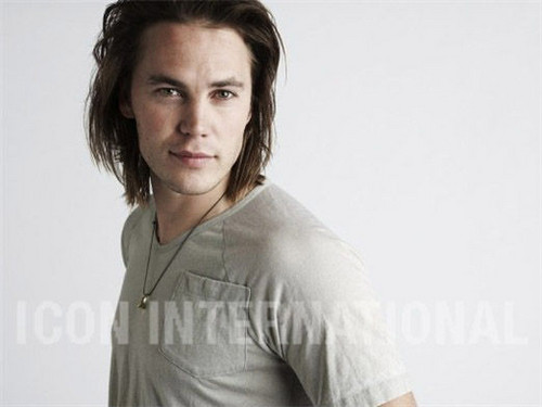 Taylor Kitsch - Unknown Photoshoot (2008)