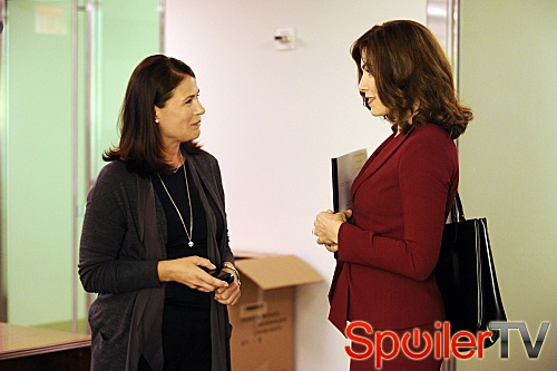 The Good Wife - Episode 4.02 - And the Law Won - Promotional litrato