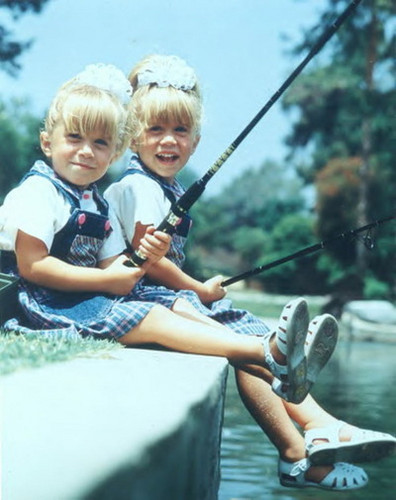 Full House images The Olsen Twins wallpaper and background ...