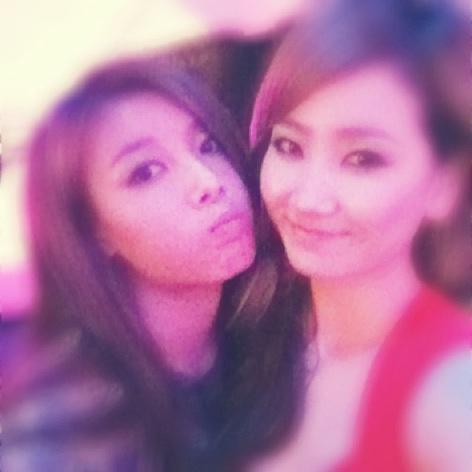 Ye Eun and Yubin