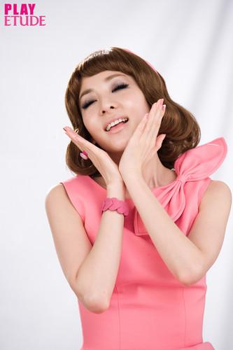 dara 2NE1 miss etude 2012