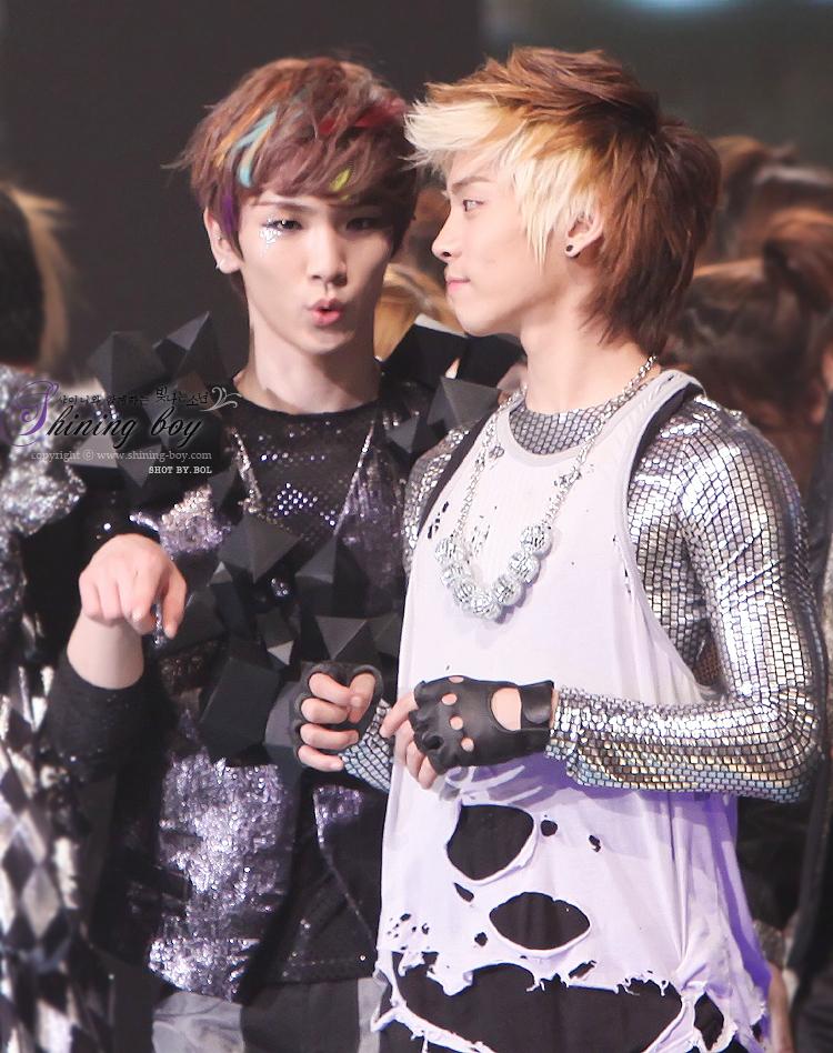 Shinee Jonghyun And Key jonghyun and key! - Sh...
