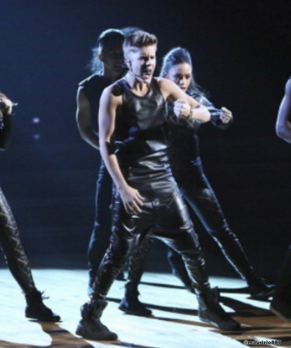 justin bieber,Dancing With the Stars 2012