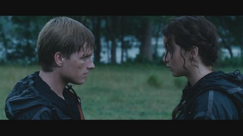 Peeta Mellark wallpaper entitled peeta and katniss