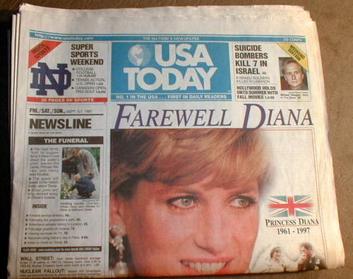 Princess Diana achtergrond possibly with a newspaper and anime entitled princess of wales