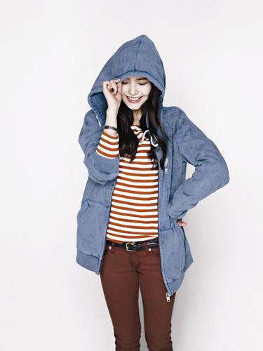 DARA 2NE1 fondo de pantalla with an outerwear, a sweatshirt, and a box capa titled sweet iu korean darling