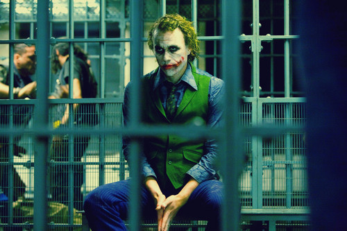 ジョーカー 壁紙 containing a penal institution, a jail, and a holding cell entitled the joker