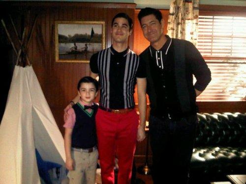 Darren Criss kertas dinding called @Pabloanechina