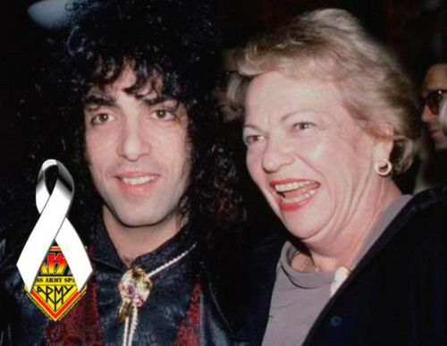 Paul Stanley wallpaper probably with scissors and a spatola called ★ Paul & his mother, Eva Eisen ☆