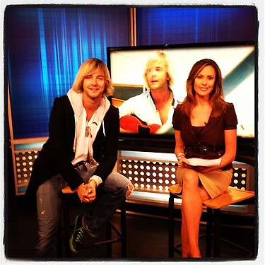 @nbcnews #keithharkin #billboard #connecticut