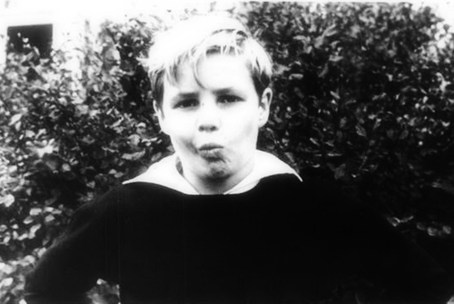 9 taon old Marlon Brando