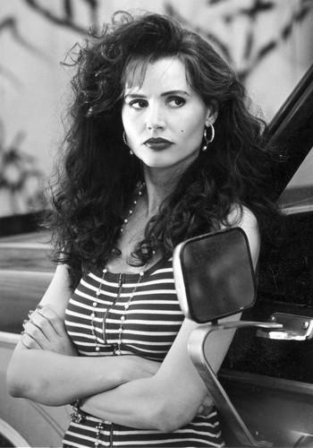 Angie (1993)
