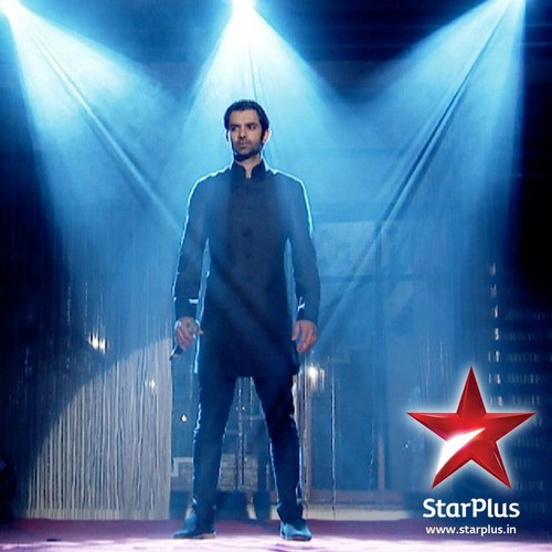 barun sobti wallpaper containing a well dressed person, a business suit, and a fonte called Arnav
