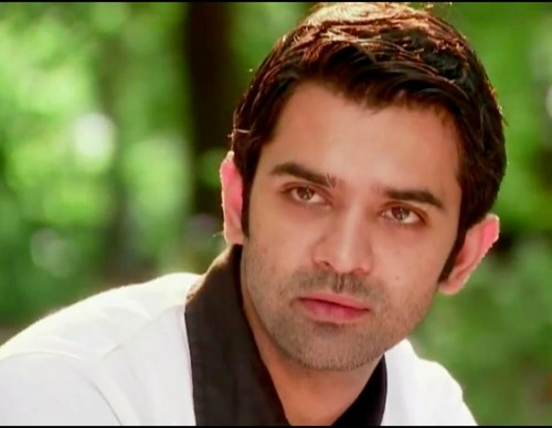 Iss Pyar Ko Kya Naam Doon wallpaper containing a portrait titled Arnav