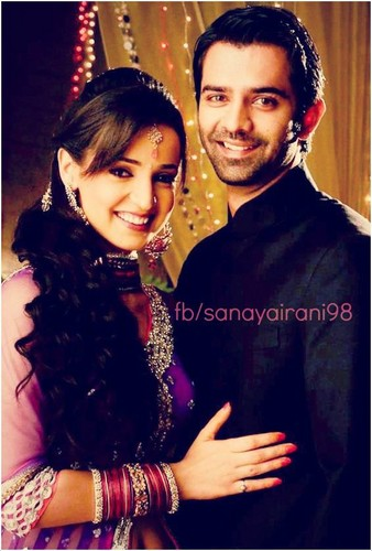 Iss Pyar Kya Naam Doon kertas dinding possibly with a portrait called Arushi