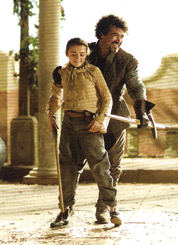 Arya Stark & Syrio Forel- BTS تصویر