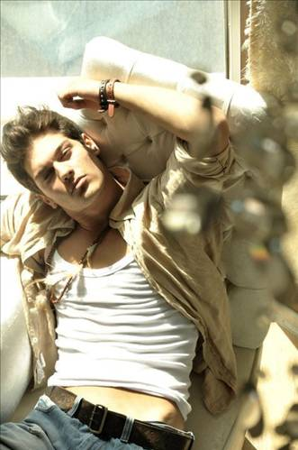 Cagatay Ulusoy - Turkish Actors and Actresses Photo (32341308