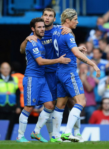 Fernando Torres 壁紙 possibly with a フルバック and a サッカー player titled Chelsea - Norwich, 06.10.2012, Stamford Bridge, Premier League