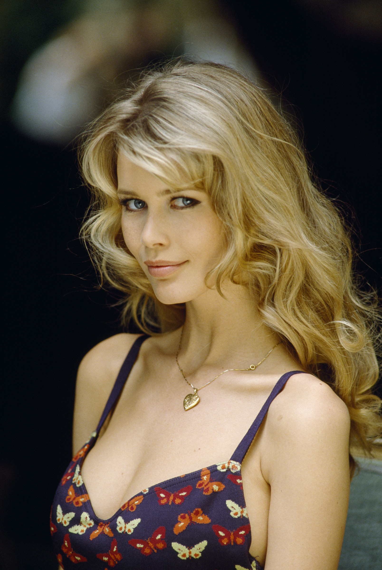 Claudia Schiffer Images Claudia Schiffer Hd Wallpaper And