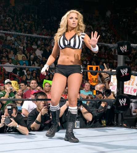 Divas As Referees: Trish Stratus