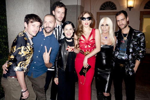 Gaga at Gianni Versace's Apartment سے طرف کی Terry Richardson
