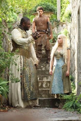 Xaro, Daenerys & Kovarro