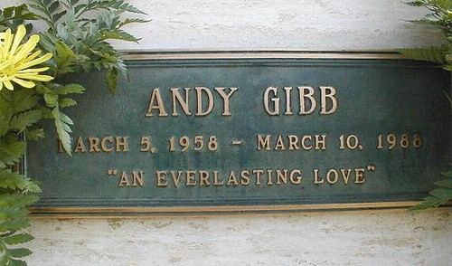 Gravesite Of Andy Gibb