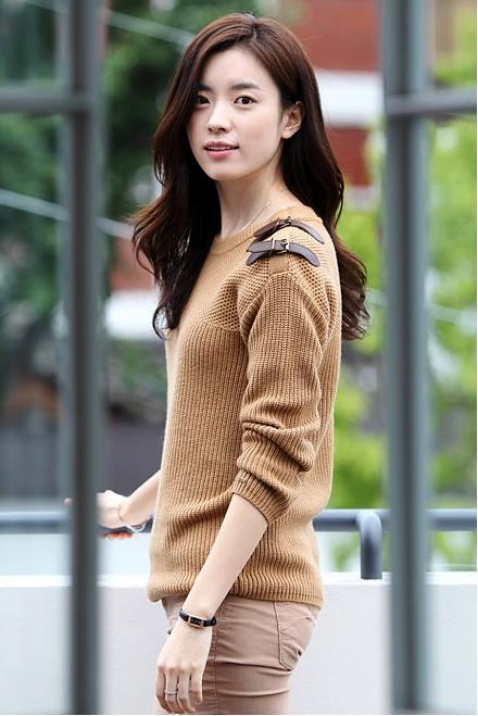 Han-Hyo-Joo-han-hyo-joo-32385837-440-659