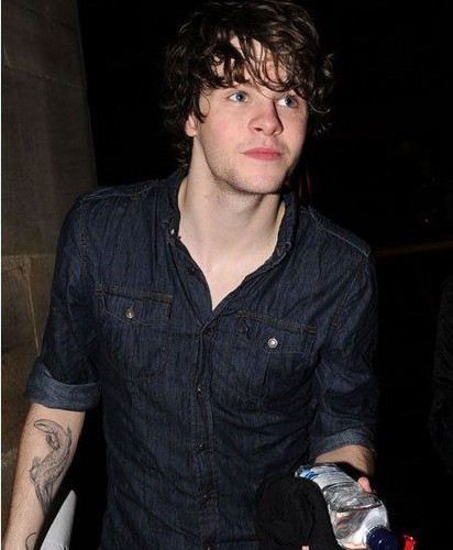 The Wanted Hintergrund called eichelhäher, jay McGuiness