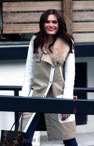 Jessie J Leaves The ITV Studios, 26092012