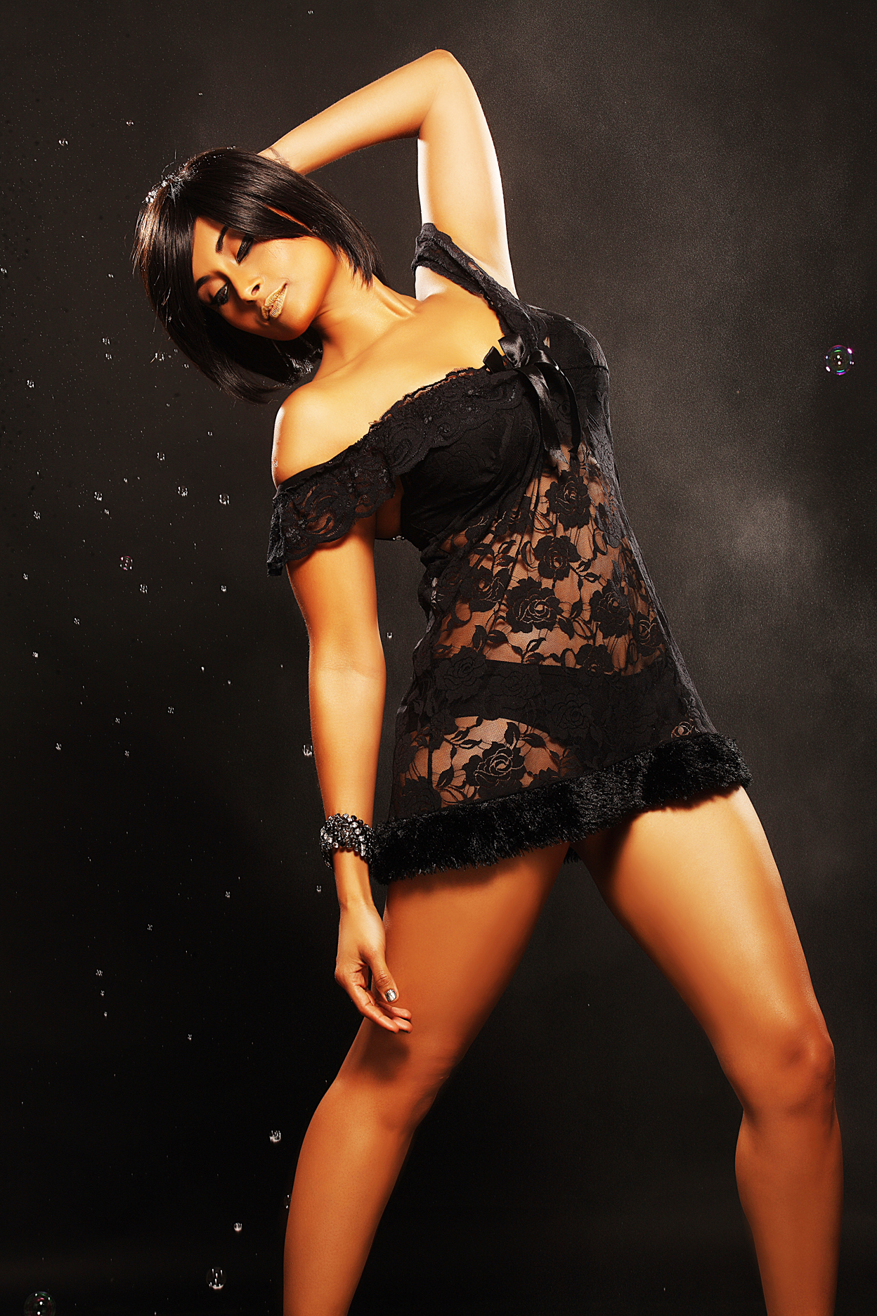 Latest Pictures of Aiysha Saagar