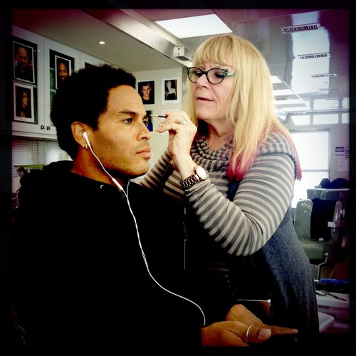 Lenny Kravitz Testing New Cinna Looks for Catching feuer