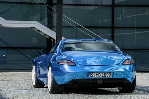 MERCEDES - BENZ SLS AMG berlina ELETRIC DRIVE