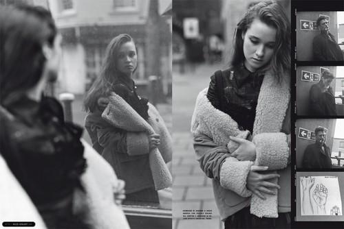 Magazine scans: Vogue Italy (October 2010)