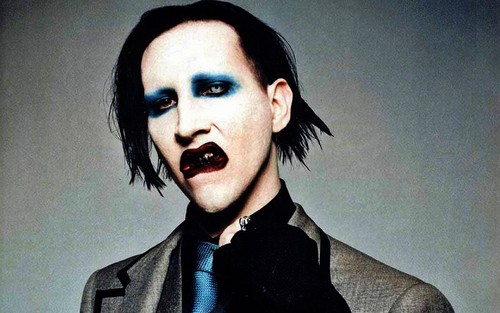 Marilyn Manson wallpaper containing a business suit entitled Marilyn