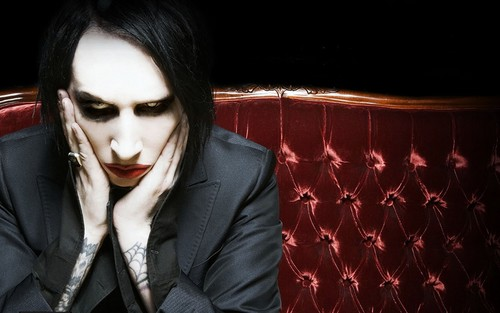 Marilyn Manson wallpaper containing a business suit titled Marilyn