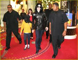 "Michael And Daughter, Paris, On Her ""9th"" Birthday Back In 2007"