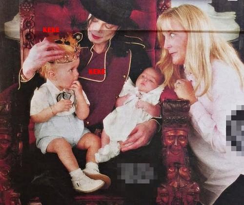 Michael, Debbie Rowe, Prince & Paris! (((RARE)))
