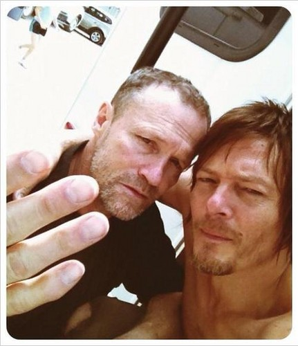 Os Mortos-Vivos wallpaper called Michael Rooker and Norman Reedus