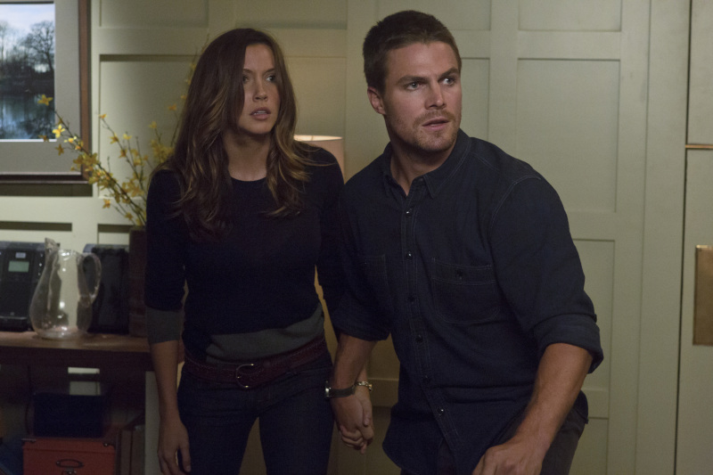 LO - Oliver Queen and Dinah Laurel Lance Photo (31934475