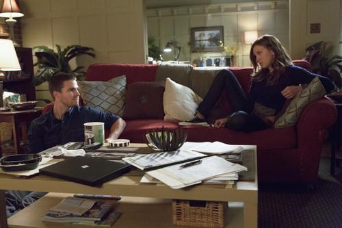 Oliver & Laurel 1x02 stills