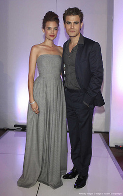 Paul & Torrey - Humane Society Fashion दिखाना