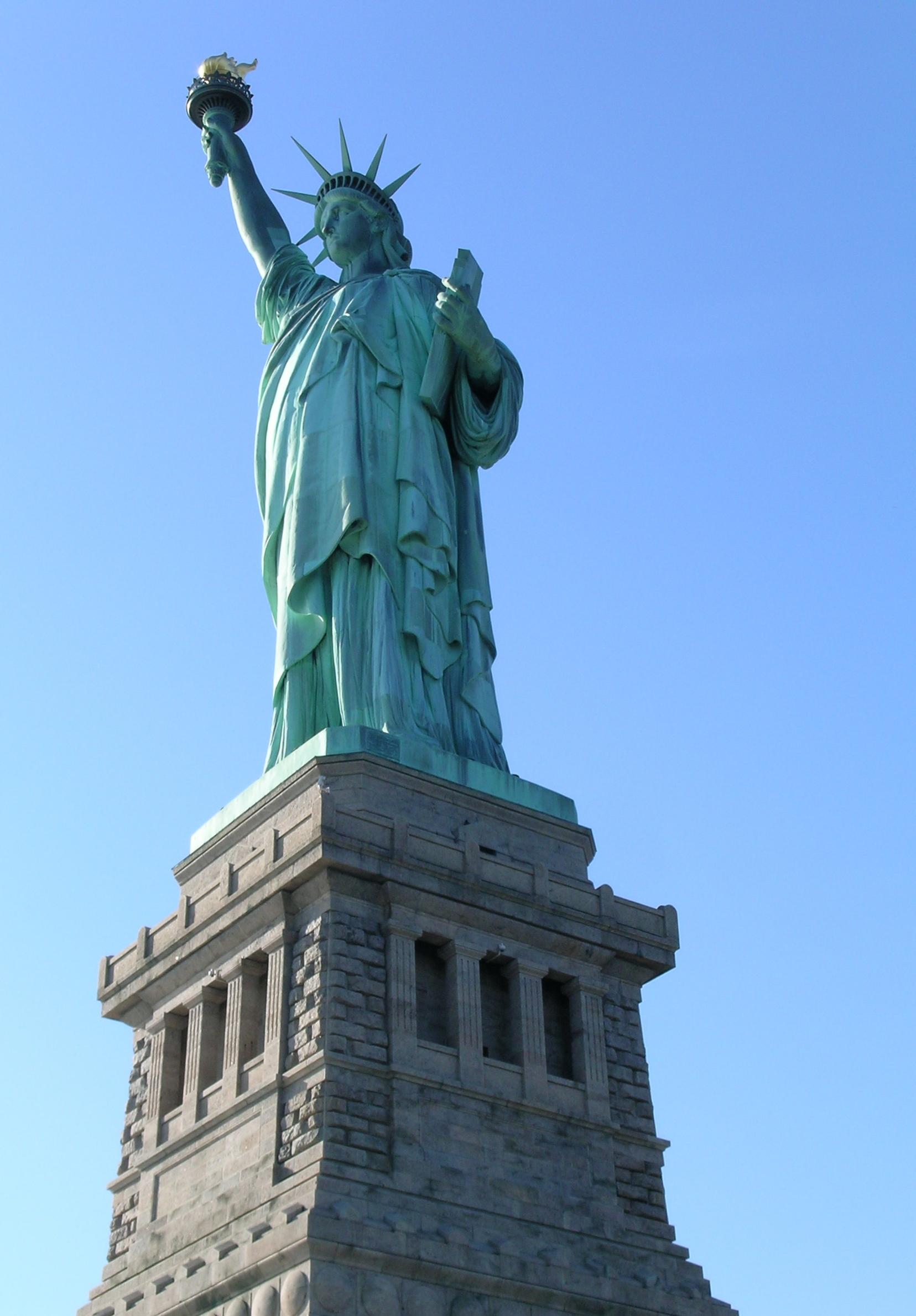 external image Statue-of-Liberty-statue-of-liberty-32363539-1656-2380.jpg